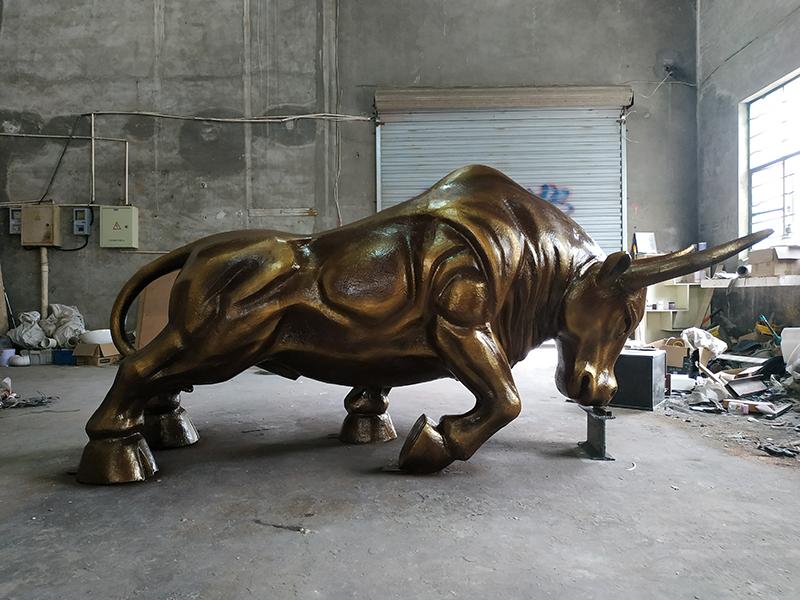 雕塑厂家直销金牛玻璃钢雕塑